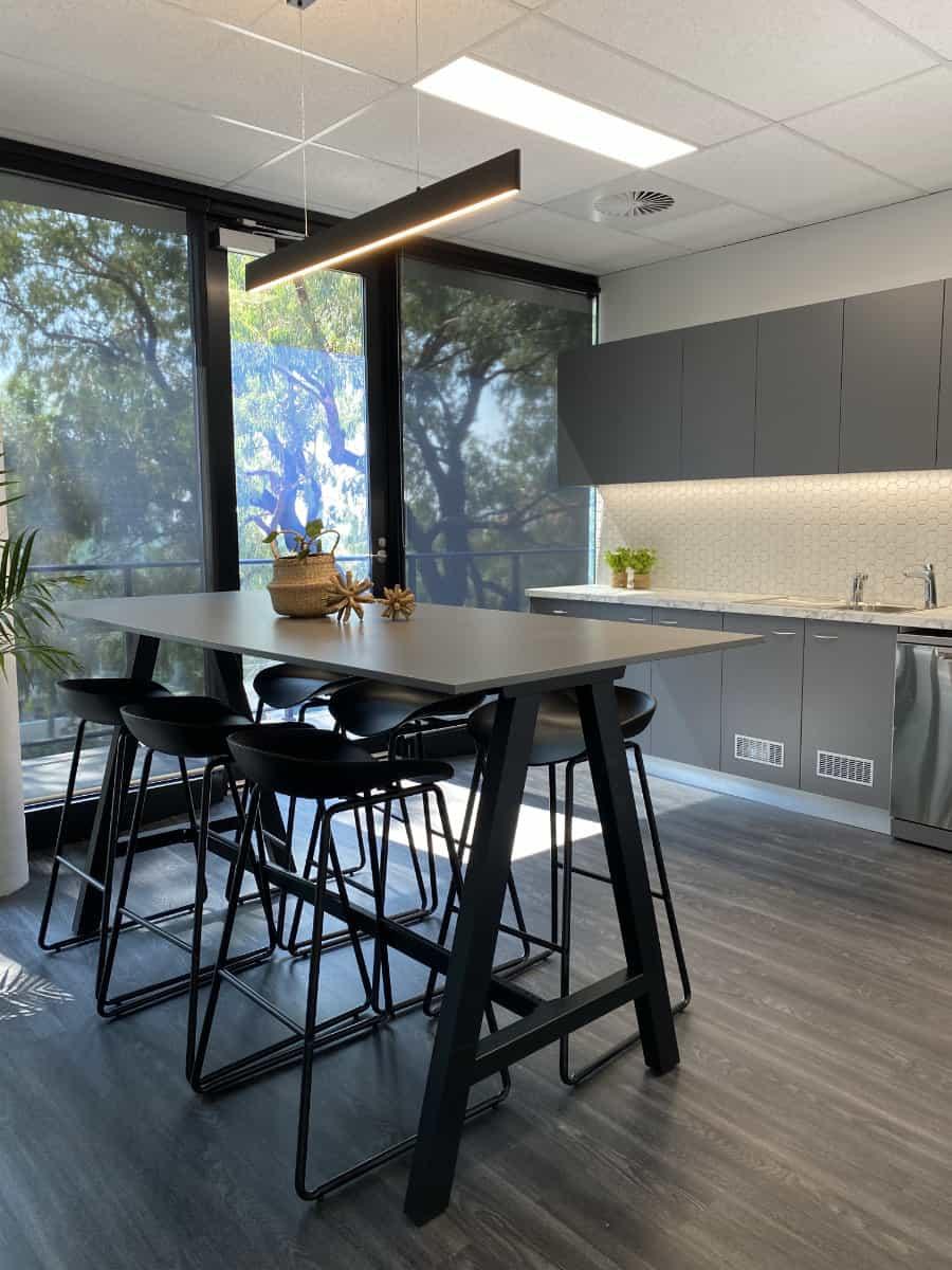 Rox Resources Modern Kitchen